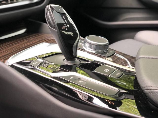 2018 BMW 5-SERIES 530E IPERFORMANCE - 12