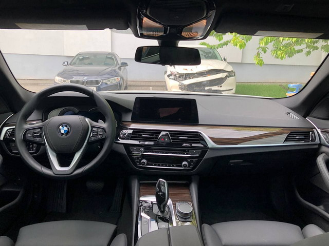 2018 BMW 5-SERIES 530E IPERFORMANCE - 6